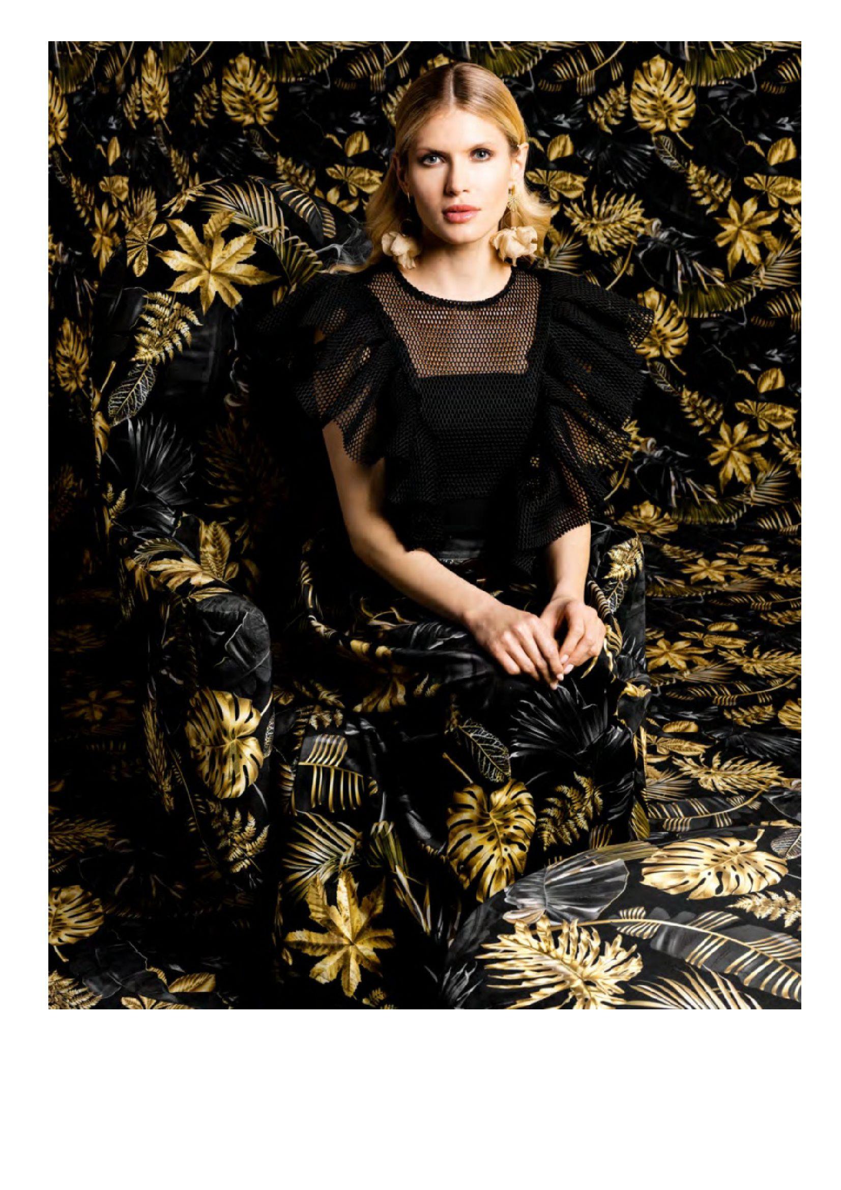 Gazetka Black Red White: Katalog Black Red White - Fashion trends 2021-09-15 page-10
