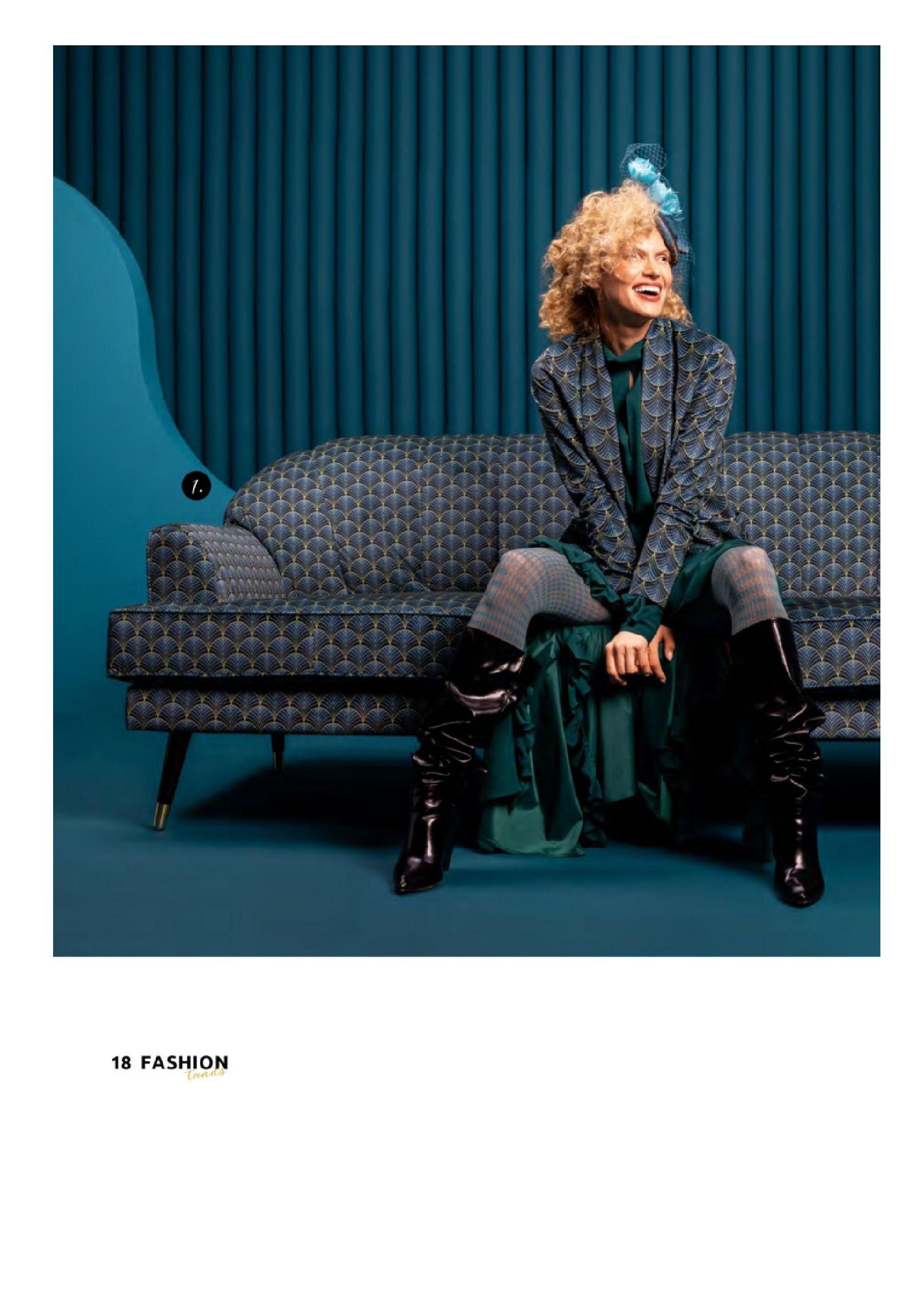 Gazetka Black Red White: Katalog Black Red White - Fashion trends 2021-09-15 page-18