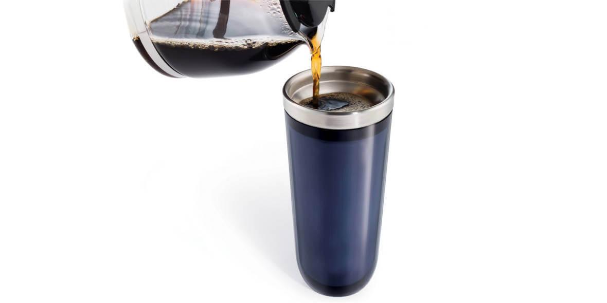 za kawę z własnym kubkiem - tylko na wynos