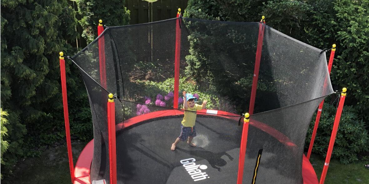 na trampolinę Goliath Mammoth