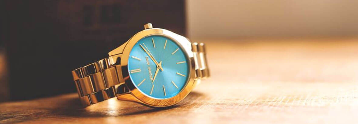 wyprzedaż zegarków + darmowa dostawa
